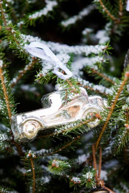 Driving Home Slver Car Ornament