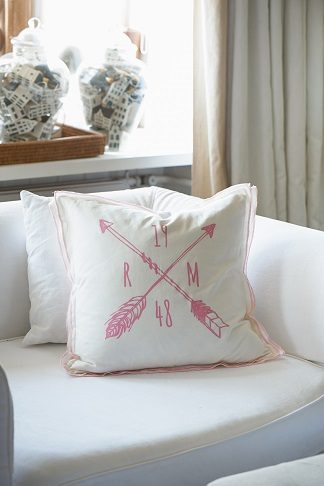 1948 RM PILLOW COVER WHITE/PINK 5050