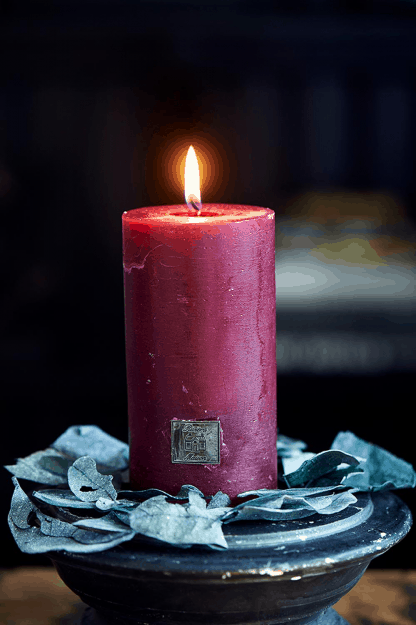 Rustic Candle cranberry 7 x 13